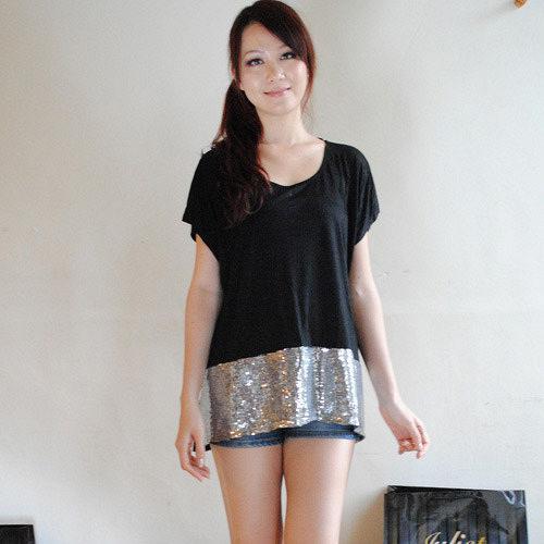 【ZARA】PULL&BEAR 簡約時尚雙色亮片上衣(黑)