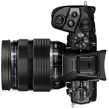 OLYMPUS OM-D E-M1 + M1240 單鏡組(公司貨)-送64G卡+原廠電池+HLD-7電池手把+UV保護鏡+專用快門線+相機包+強力吹球+拭鏡筆+擦拭布+HDMI