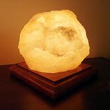 【Naluxe】義大利設計水晶鹽燈-點石成金