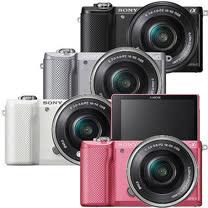 SONY A5000L 16-50mm單鏡組(公司貨)-送64G 高速卡+專用電池+座充+相機包+清潔組+保護貼+讀卡機+迷你腳架