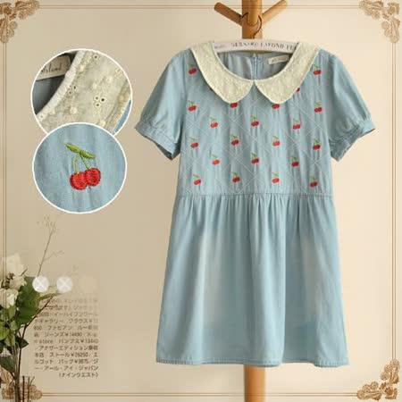 【MIDORI╭。綠】大格紋櫻桃刺繡淺色牛仔連衣裙(FD00105)