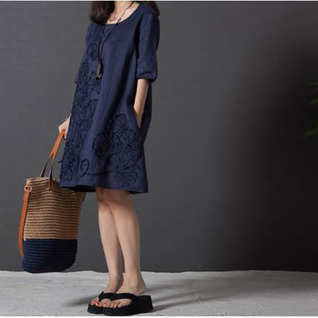 【Maya 名媛】 (S~2XL)【藏青藍】五分袖 棉麻 立體葉子圖 細緻風格 寬鬆舒適連衣裙