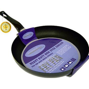 鑽寶 碳鋼不沾平底鍋 20cm