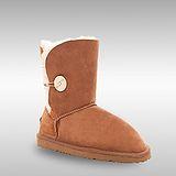 Bee Hugs 100%澳洲羊毛皮革搭配鈕釦手工縫製雪靴~優雅栗