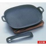 日本製《及源鑄造》鑄鐵平底燒烤盤‧烤魚盤(大型)