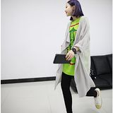 【Maya Girl】春秋(中大碼) 泡棉麻料 極柔軟 美式街頭個性休閒風格長版罩衫外套-淺灰色