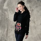 【Maya 名媛】(M~2xL) 冬季刷綿保暖 中國風刺繡動物款 立體耳朵帽T-黑色
