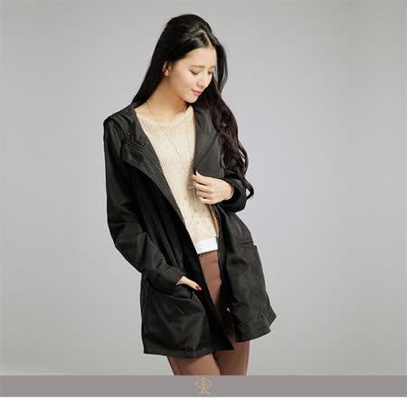 玄太-輕感連身帽抽繩修身大衣外套(黑)