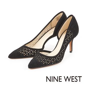 NINE WEST-性感飆分鞋側弧狀鏤空麂皮高跟鞋-奪目黑