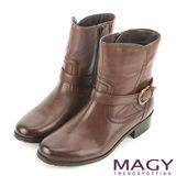 MAGY 街頭率性簡約 牛皮騎士皮帶釦環短靴-咖啡