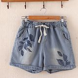 【MIDORI╭。綠】日式刺繡薄款水洗牛仔短褲FD271