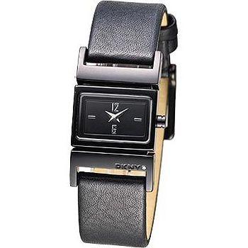 DKNY 極簡個性皮帶女錶 -黑