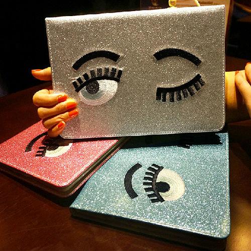 【iPad 2/3/4(非Air)皮套】法國潮牌眨眼睛刺繡閃粉iPad 2/3/4(非Air)皮套~支援休眠喚醒功能