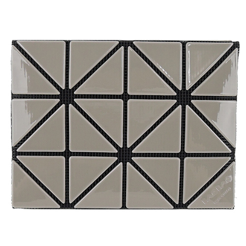 ISSEY MIYAKE 三宅一生 BAOBAO幾何方格3x4名片夾(亮面灰)