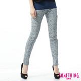 SOMETHING LADIVA印花合身牛仔褲-女-漂淺藍