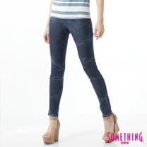 SOMETHING LADIVA水波紋合身牛仔褲-女-酵洗藍