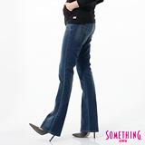 SOMETHING STORY1提臀靴型牛仔褲-女-拔淺藍