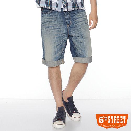 5th STREET 自在層次 復古水洗可反折牛仔馬褲~男款^(酵洗藍^)