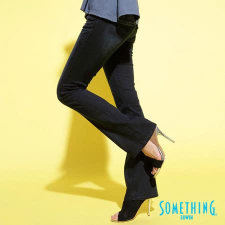 SOMETHING 後袋斜剪接靴型牛仔褲-女-原藍磨