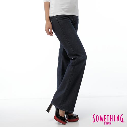 SOMETHING 貼合靴型保溫寬褲~女~原藍磨