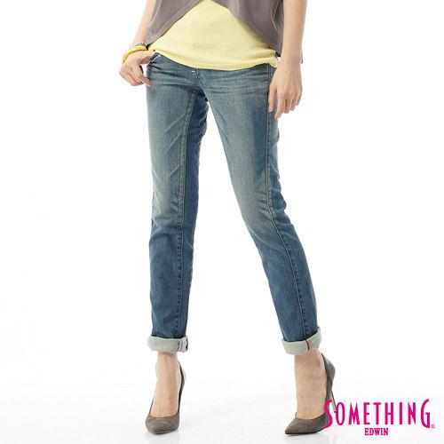 SOMETHING CELEB袋蓋直筒牛仔褲~女~拔淺藍