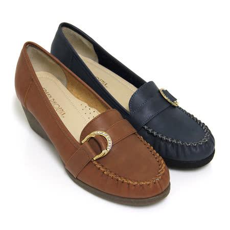 【GREEN PHOENIX 波兒德】典雅自在金屬雙飾扣水鑽全真皮楔型包鞋