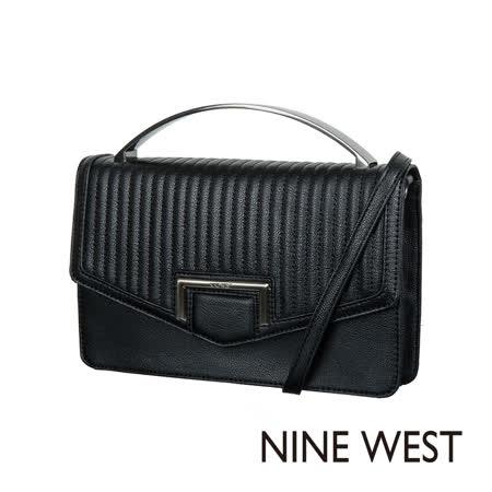 【好物分享】gohappy 線上快樂購NINE WEST-- 壓紋手拿包--壓紋黑好嗎桃園 愛 買