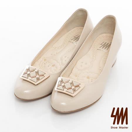 SM-臺灣製全真皮-金屬線條方飾漆皮素面跟鞋-米色