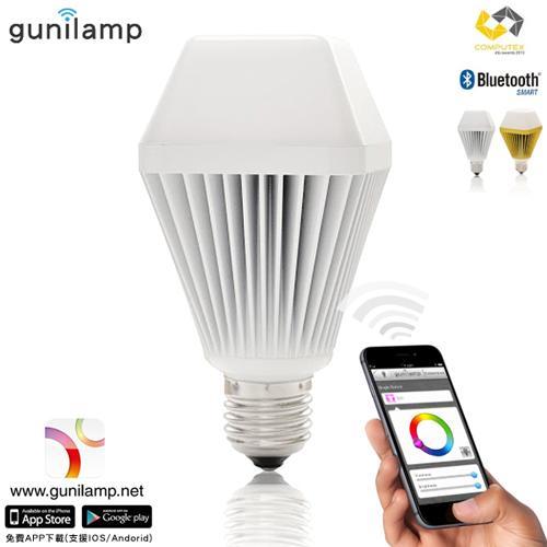 E J gunilam 手機APP控制亮度色彩 7W LED燈泡 ^~1