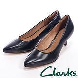 【Clarks】(女) SAGE COPPER 尖頭中跟鞋女鞋-黑