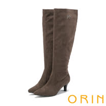 ORIN 時髦簡約 柔軟絨布側邊小水鑽點綴及膝長靴-可可