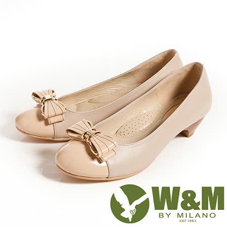 W&M (女)迷人亮眼金屬框蝴蝶結舒適透氣軟墊低跟淑女鞋-卡其