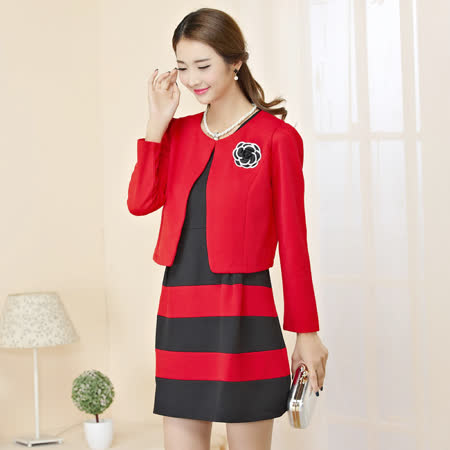 【KVOLL中大尺碼】紅色小外套+條紋背心洋裝