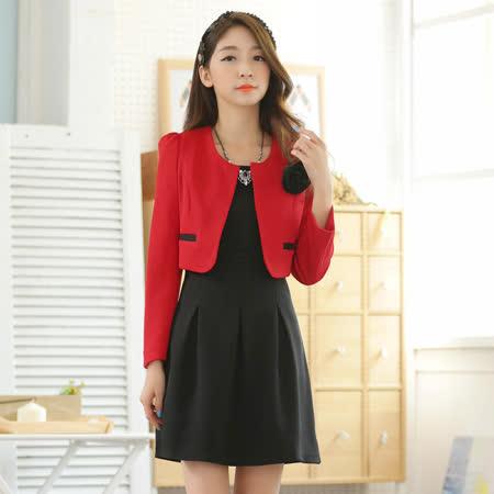 【KVOLL中大尺碼】紅色小外套+黑色背心裙二件式