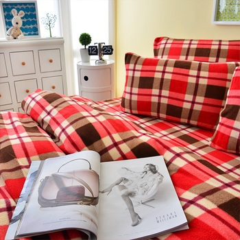 Pure One 超保暖搖粒絨-細緻格紋-雙人四件式床包被套組