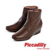 Piccadilly(女)軟布皮革側拉中跟楔型靴-咖
