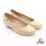 【A.S.O】3E舒活寬楦 珠光牛皮奈米窩心低跟鞋(卡其)