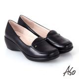 【A.S.O】都會休閒 全真皮素面沖孔楔型跟鞋(黑)