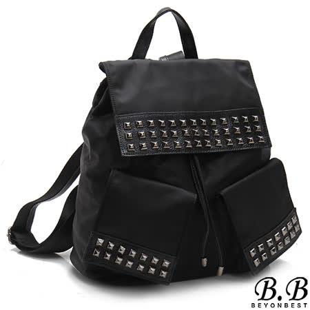 【MOROM】真皮潮流元素口袋鉚釘後背包(黑色)830