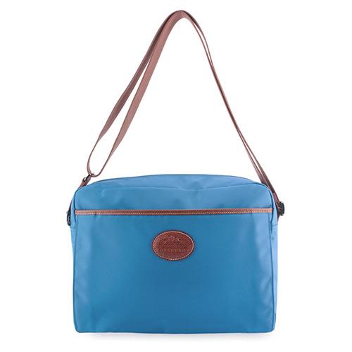 Longchamp 中性拉鍊尼龍斜背大方包-冰藍色