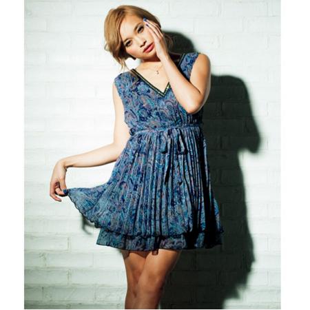 日本portcros 名媛氣質雪紡皺褶無袖連身洋裝-藏青渦紋/LL-品特