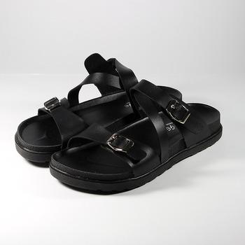 (女) NEW AGE Z字條紋腳床拖鞋 黑 鞋全家福