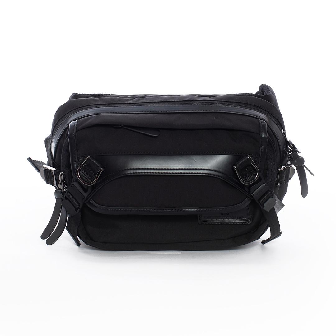 AIRWALK ~ 黑金系列 高強度布料側背包 ~ 黑