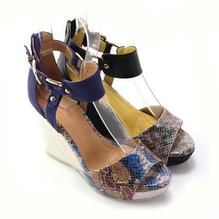 【GREEN PHOENIX】BIS-VITAL 金屬感皮革蛇紋編織楔型羅馬涼鞋