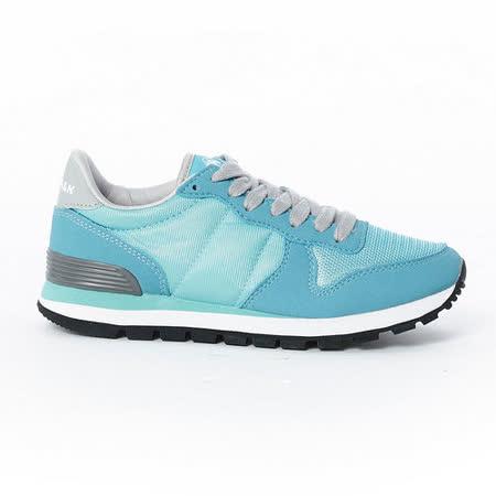 AIRWALK(女) -美式復古異材拼接休閒慢跑鞋 - 淺藍