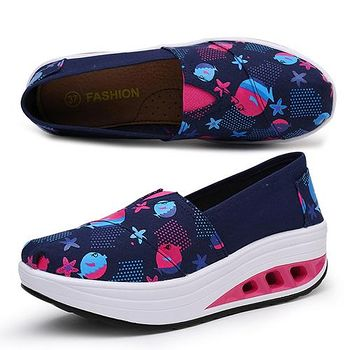 ALicE (預購)Y1028-5 甜美玩色彈力氣墊健走鞋 -藍