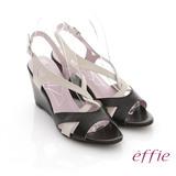 【effie】分子點心 全真羊皮素面繞帶楔型涼鞋(黑)