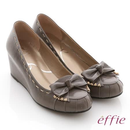 【effie】立體幾何 全真皮抓皺縫線蝴蝶楔型鞋(灰)