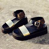 ALicE (預購)Y1179雙色扣式環帶厚底涼鞋 (黑)