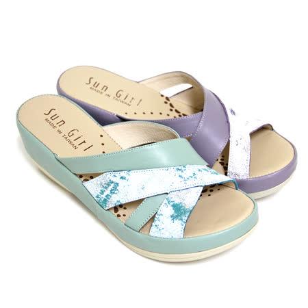 【GREEN PHOENIX】寬版交叉金屬裂紋全真皮厚底拖鞋